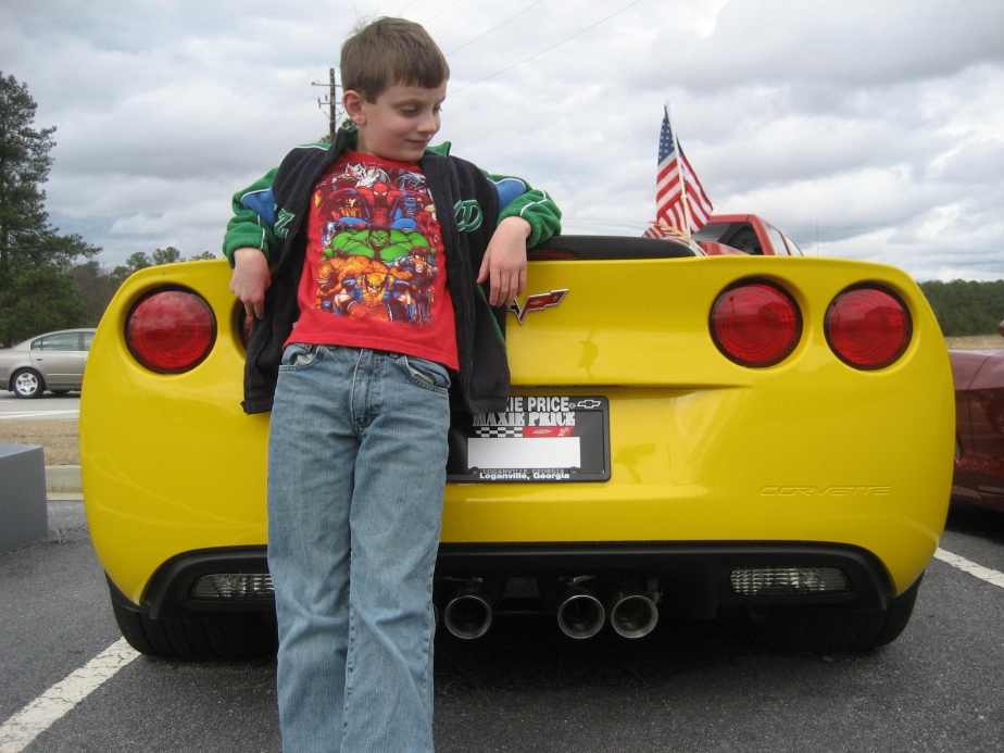 graham-yellow-corvette-at-maxies